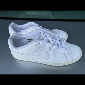 Nike Air Force 1 used sneakers perfect condition